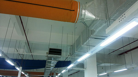 ong-gio-vai-connecting-to-metal-duct